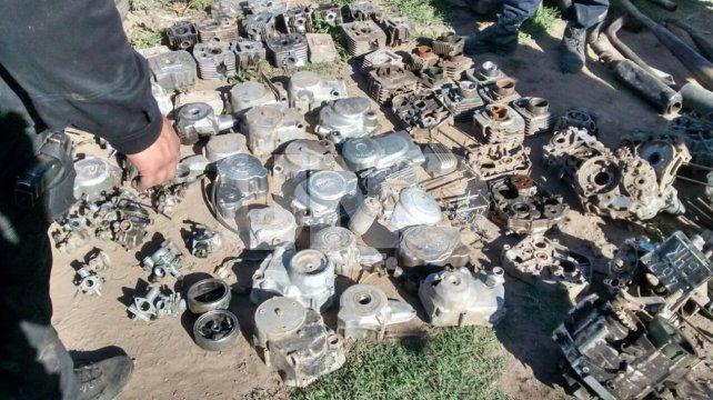 Detuvieron a nueve jóvenes y secuestraron motos robadas en Gálvez