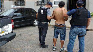 Un trapito fue detenido en la terminal santafesina por pedido de la justicia entrerriana