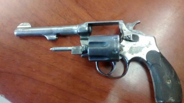 Cruento enfrentamiento a balazos con tres violentos tiratiros aprehendidos