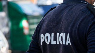 Detienen a un policía acusado de abusar sexualmente de una menor de edad en Carlos Paz