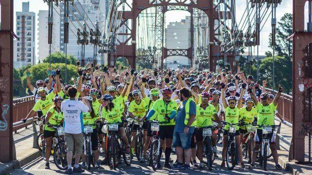 Más de mil ciclistas unieron Santa Fe y Paraná en el V Cruce del Túnel Subfluvial