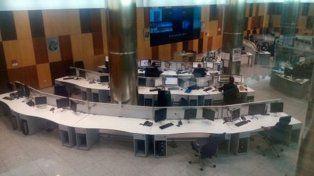 El centro de monitoreo y llamadas de la Policía Nacional de España.