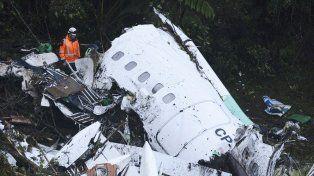 confirman de manera oficial que el avion no tenia combustible al momento de estrellarse