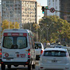 Ya son 60 los semáforos con relojes de apoyo al conductor en las esquinas más transitadas
