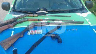 Secuestraron en Logroño tres escopetas, cartuchos, un revólver y balas en un chequeo policial