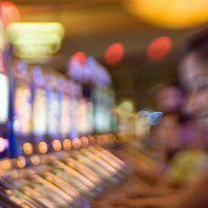 Comenzó el paro por tiempo indeterminado en bingos, casinos e hipódromos de todo el país