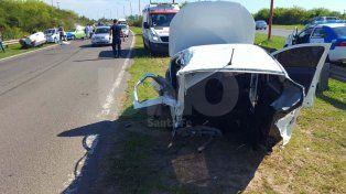 Impresionante accidente en la Circunvalación oeste: un auto se partió en dos