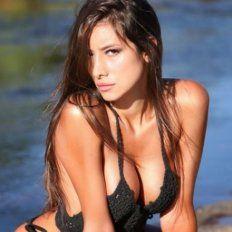 Belén Etchart tomó sol desnuda e incendió las redes sociales