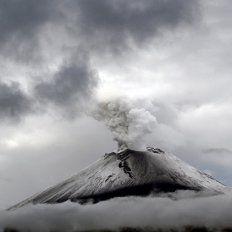 ¿Hay una base alienígena dentro del volcán Popocatépetl?