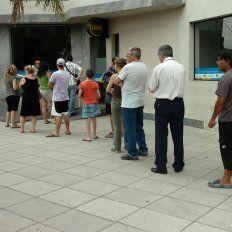 Piden reunirse con el Banco Central por el faltante de billetes en cajeros