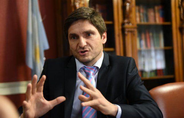 """Pullaro aseguró que la policía provincial """"no va a descansar"""" hasta encontrarlos"""