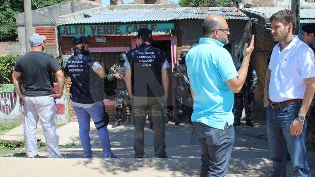 Polirrubro. El Zurdo Sergio Villarroel regenteaba el servicio de cable de Alto Verde.
