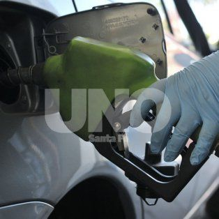 el gobierno anuncio una suba en el precio de la nafta