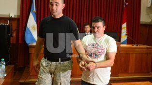 Piden 20 años de prisión para el exboxeador Carlos Baldomir, acusado de abusar de su propia hija