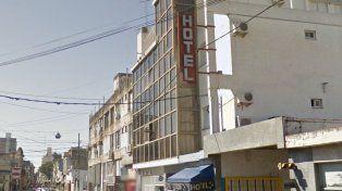 Un muerto tras incendiarse un hotel céntrico de la ciudad