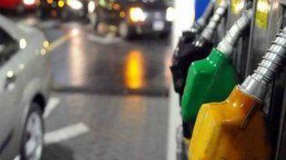 Crean un registro online para informar las variaciones en el precio de la nafta