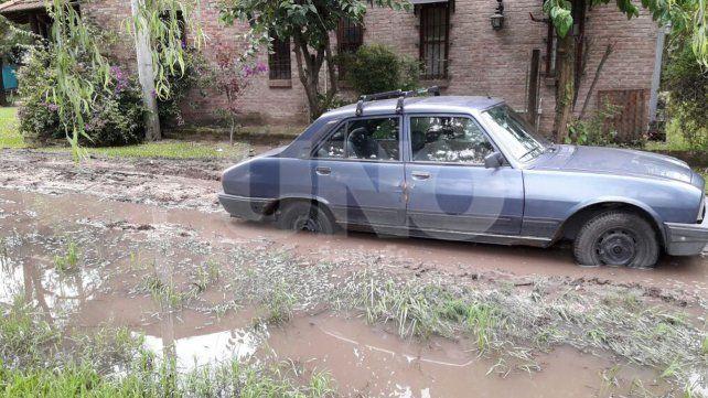 Las copiosas lluvias también trajero serios inconvenientes a vecinos de la zona de la Costa.