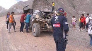 La terrible caída de Carlos Sainz a un precipicio en medio del Rally Dakar