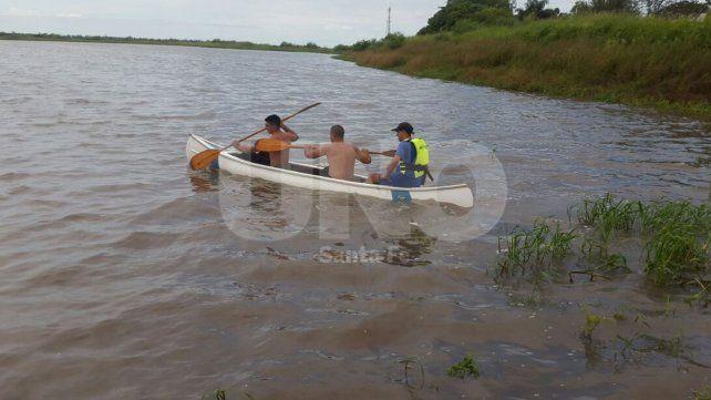 Un muchacho se tiró a las aguas del río Salado y fue rescatado por la policía