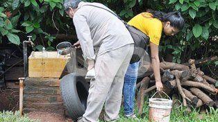 Es esencial la limpieza para descartar la presencia del mosquito transmisor del virus del dengue.