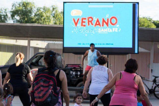Verano en la Ciudad: Moviendo el barrio llega este viernes al Distrito La Costa