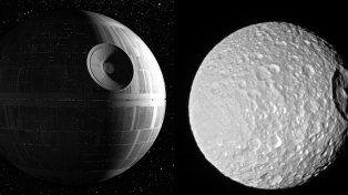 La Estrella de la Muerte de la saga de Star Wars y la luna Mimas de Saturno.Lucasfilm / NASA / RT