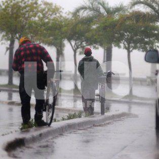 rige un alerta meteorologico por tormentas severas y las lluvias continuaran todo el domingo