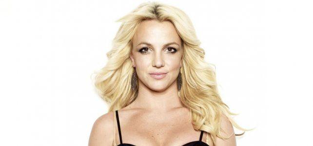 VIDEO: el descuido hot de Britney Spears en pleno concierto