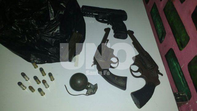 Secuestraron un arsenal de armas y balas en Puerto General San Martín