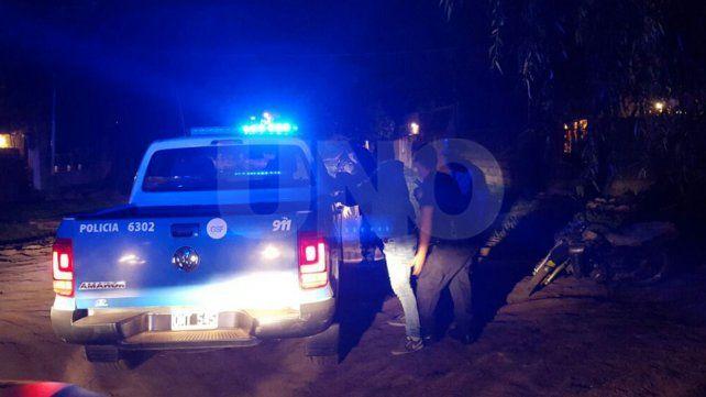 Detuvieron a un menor armado que le robó la moto a una mujer