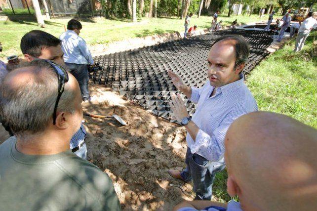 El Municipio licita la compra de más geoceldas para calles de Colastiné