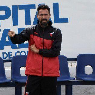 Eduardo Domínguez deberá trabajar en función de la defensa ya que en el último amistoso el equipo fue muy vulnerable.