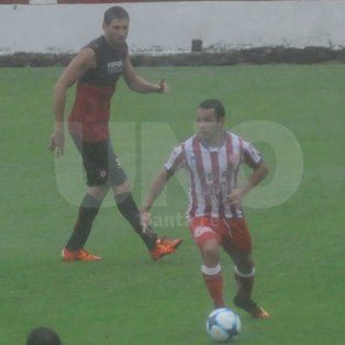 El mendocino Lucas Gamba estuvo presente en el equipo titular el sábado.