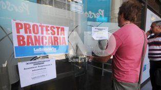 Bancarios pararían el próximo viernes 6 de abril