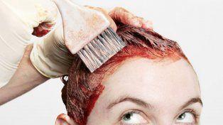 Prohíben la venta y el uso de dos tinturas para cabello en todo el país
