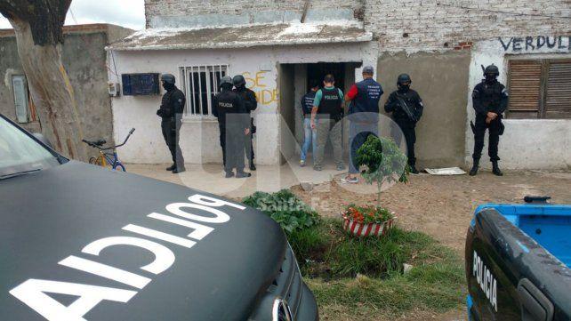 Detuvieron a una mujer en Nueva Pompeya y secuestraron marihuana y cocaína