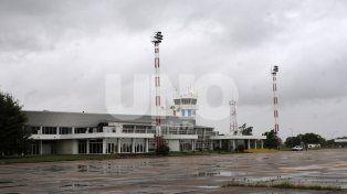 Se estima que por tres meses permanecerá cerrado el Aeropuerto de Sauce Viejo