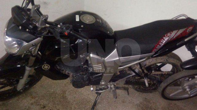 Una persecución terminó con un delincuente armado detenido y una moto recuperada