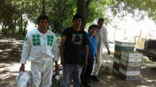 La Comunidad Mocoví de Recreo realizó la primera cosecha de miel