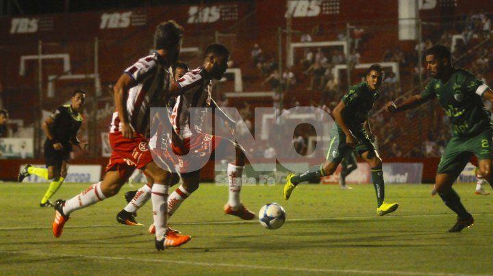 Lo mejor de Unión se vio en la parte final del amistoso ante Sarmiento, tal vez cuando Juan Pablo Pumpido decidió mover el banco.