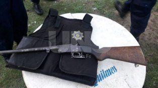 Persiguieron, detuvieron y secuestraron armas de fuego a dos delincuentes
