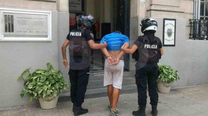 Detuvieron a un violento delincuente luego de que la víctima lo reconociera en la calle