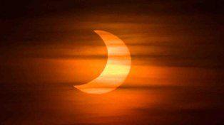 El domingo se producirá un eclipse de sol que se podrá observar en Santa Fe