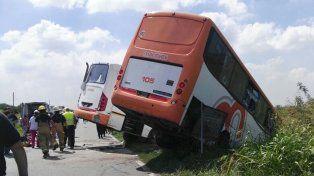 Accidente en la Ruta 33: cinco internados en efectores públicos de Rosario se encuentran en estado crítico