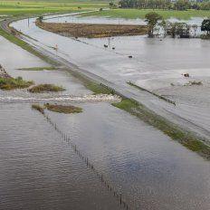 La ley de aguas, un debate que no se termina con las inundaciones