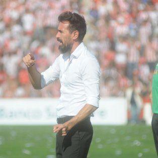 Eduardo Domínguez acertó con el planteo táctico y Colón volvió a ganar el Clásico, luego de cinco partidos.