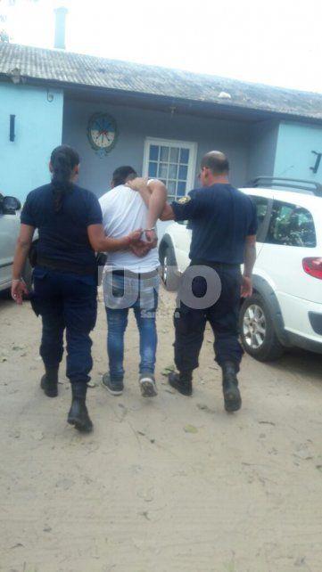 Colastiné: aprehendieron a un hombre y le secuestraron un chaleco antibalas