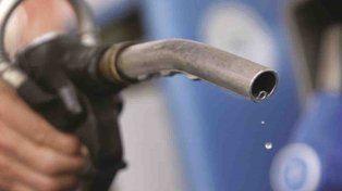 Hace un año costaba en Santa Fe $21,38: la nafta súper aumentó un 54% en 12 meses