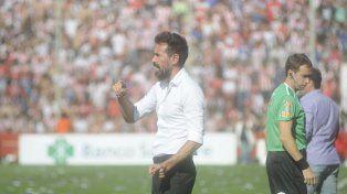 Nuevo rumbo. El entrenador sabalero desea dejar atrás el partido ante Unión para no relajarse y pensar en el Granate.