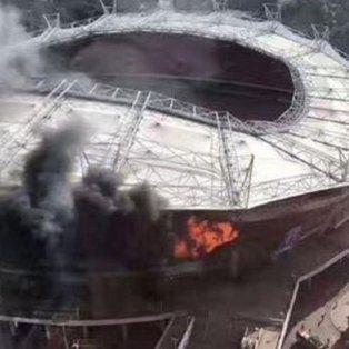 grave incendio en el estadio del club chino donde juega tevez